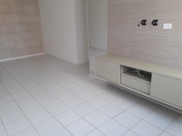 Ótimo apartamento de 3 quartos na Pajuçara - Foto 3