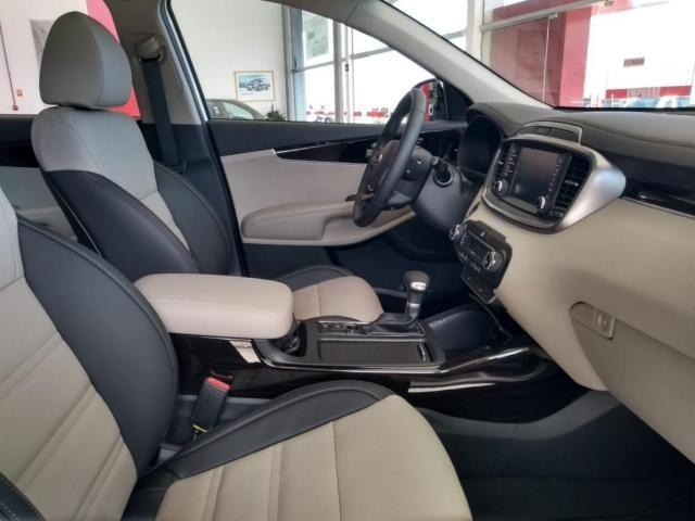KIA SORENTO V6 AWD  - Foto 3