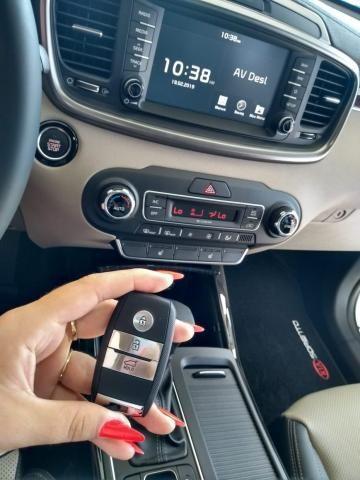 KIA SORENTO V6 AWD  - Foto 18