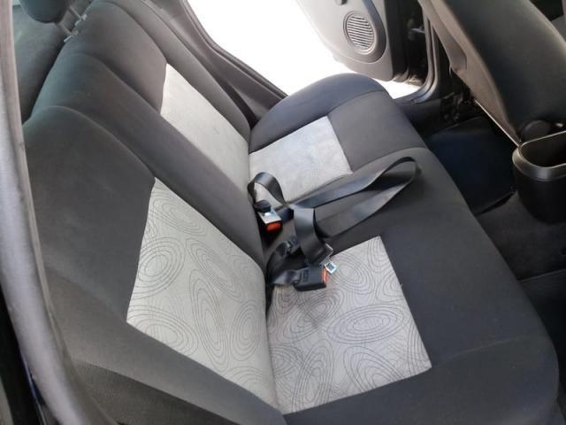 Fiesta Sedan Flex Completo Baixa KM Ideal UBER! Troco Financio - Foto 9