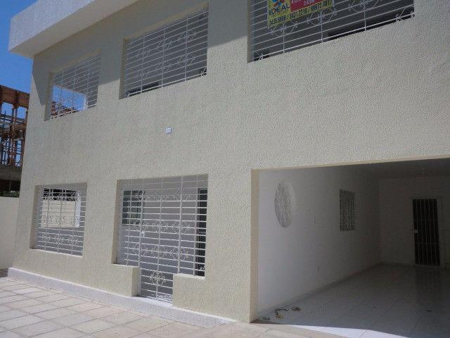 Casa reformada. 5 quartos, todo na cerâmica, 3 salas, piscina em Pau Amarelo - Foto 3