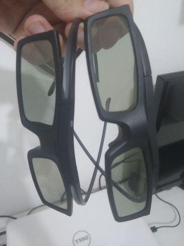 Par de óculos 3D ativo. Ótima qualidade.