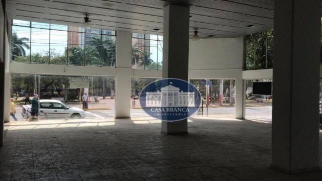 Prédio comercial de esquina no coração de Araçatuba. Oportunidade!