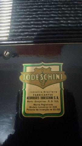 Acordeon todeschini super 5 preta vendo   - Foto 4