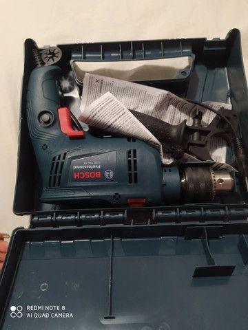 Furadeira de impacto Bosch Gsb Re 550w Com Maleta - Foto 4