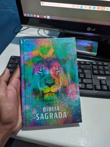 Bíblia Sagrada Capa dura - Foto 5