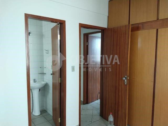 Apartamento para alugar com 3 dormitórios em Martins, Uberlandia cod:446193 - Foto 14