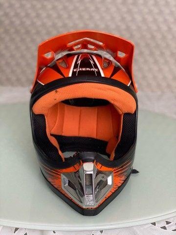 Capacete Bicicross Kaerre preto/laranja tamanho 58 - Foto 3