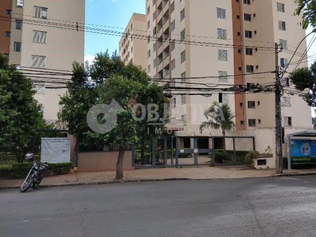 Apartamento para alugar com 3 dormitórios em Martins, Uberlandia cod:451208