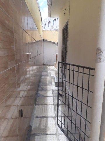 ALUGA-SE CASA NA AV CRUZ CABUGA PROXIMO A COMPESA  - Foto 15
