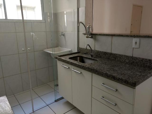 Apartamento 02 quartos no Camargos