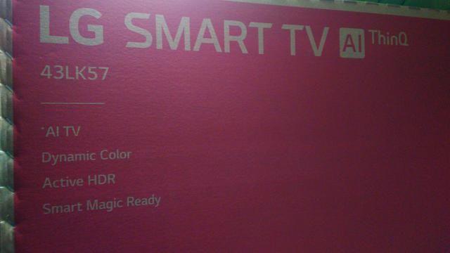Smart TV LG 43 polegadas nova na caixa um mês de uso,HDR PRO,ativo,E Bluetooth