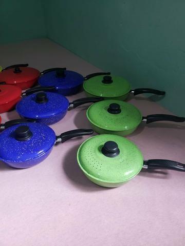 Jogos de frigideira várias cores diferente - Foto 2