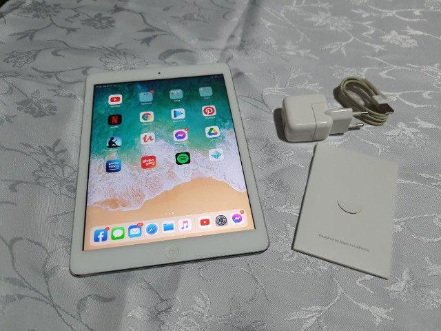 Apple iPad Air 1º Geração Funcionando Bom Para Ler E Estudo