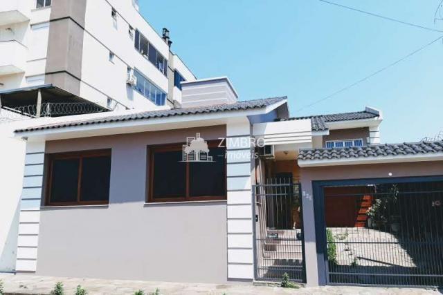 Casa dos Seus Sonhos! 3 Dormitórios, Garagem, Jardim, Churrasqueira, Pronta para Você.