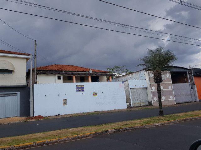 Imóvel em frente parque peão- Taquaritinga SP