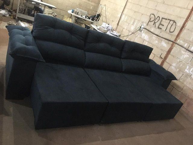 Sofá retrátil e reclinável 3 metros. - Foto 6