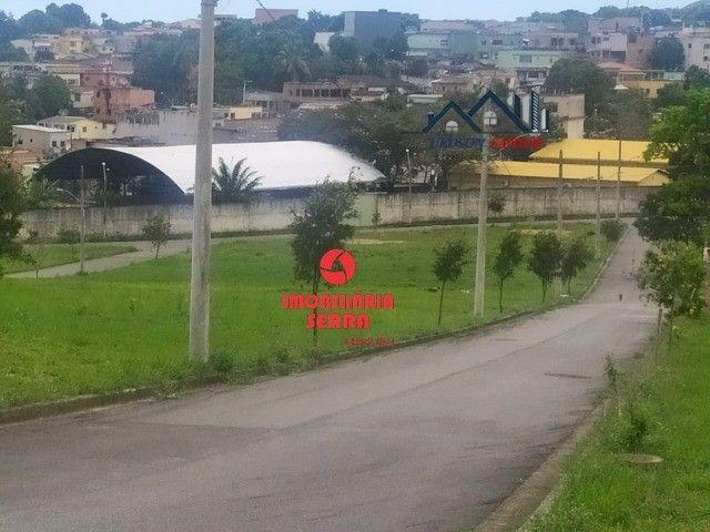 UED - 098- Lotes planos e prontos pra morar na Serra - Foto 8