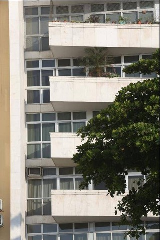 ATLÂNTICA, Posto 4! Clássico apartamento frontal mar, sol manhã, 677 m², 3 vagas! - Foto 19