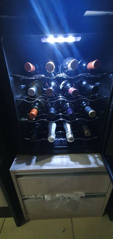 Vende-se adega de vinho philco  - Foto 4