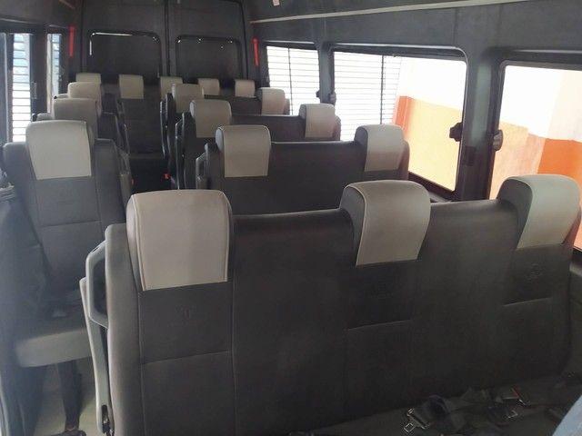 SPRINTER 2011/2012 2.2 4025 VAN LUXO 413 RODADO DUPLO 19+1 LUGARES DIESEL 3P MANUAL - Foto 8