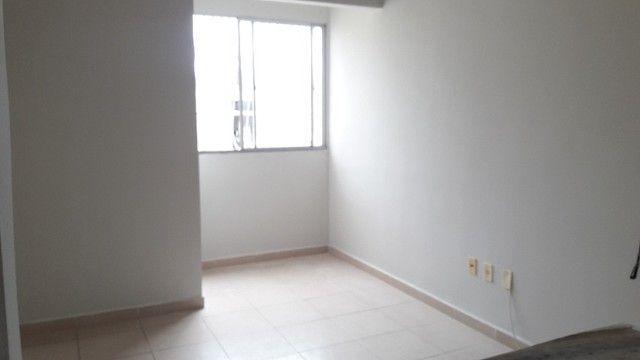 Apartamento com 02 quartos próximo a Praia do Futuro - Foto 8