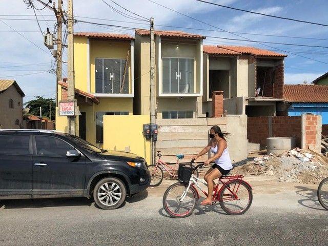 Casa de 2 quartos em frente a praia de Unamar Cabo Frio - fora de condomínio - Foto 13