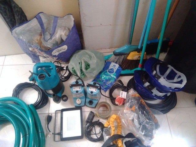 Kit completo de Equipamentos para Limpeza de Caixa D'água - Foto 2