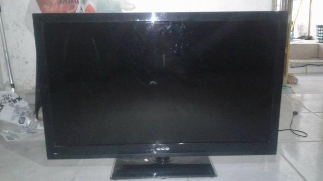 Vendo tv cce de 42 polegadas