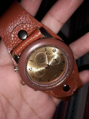 c79d2e508e1 Este relógio