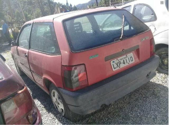 Fiat Tipo 1.6 2 e 4 Portas 1994 e 1995 Sucata Em Peças e Acessorios - Foto 5