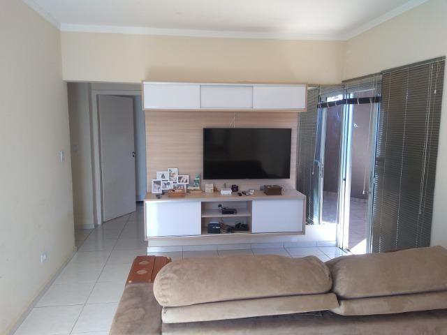 Linda Casa-Condomínio na Vila Planalto - Foto 2