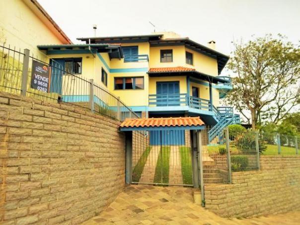 Casa para alugar com 3 dormitórios em , cod:I-021864