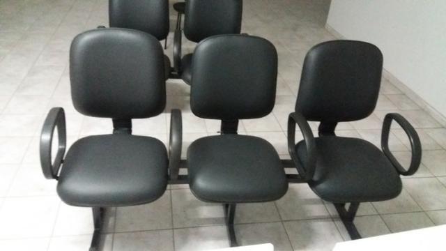 Cadeiras e mesas para escritorio,painéis, gondolas, etc - Foto 4