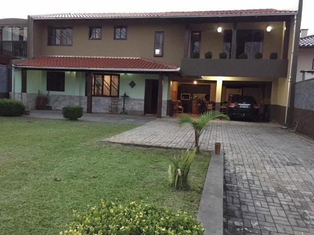 Vendo Belíssima casa com ótima Localização!