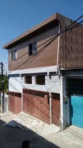 Casa c/ garagem Cia1, R$ 699,00
