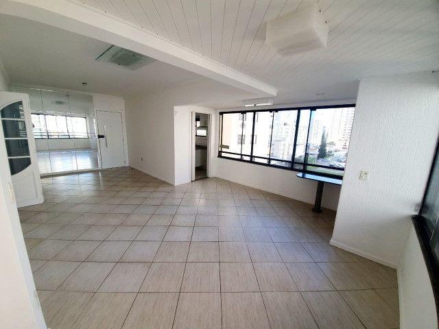 E-Semi Mobiliado, moveis fixos na cozinha e dormitórios! Balneário Camboriú - Foto 5
