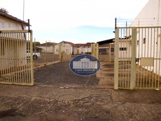 Prédio, 3000 m² - venda por R$ 2.500 o m² ou aluguel por R$ 50.000/mês - Centro - Araçatub