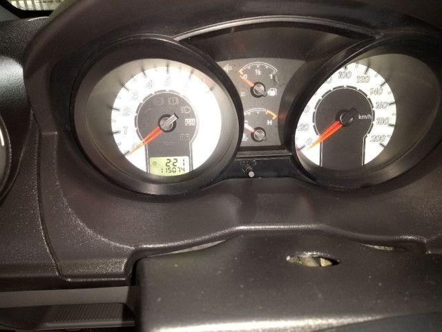 Fiesta Hatch 1.6 2010 - Foto 4