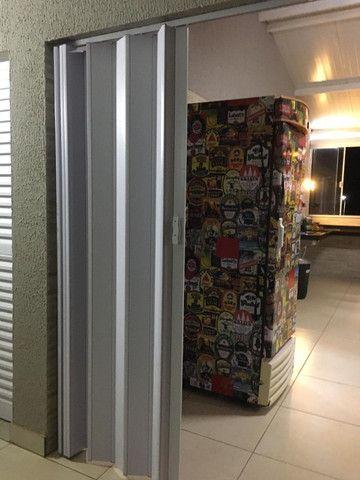 Porta sanfonadas(Sem instalação) c/opção de cor e tamanho. Promoção! - Foto 4