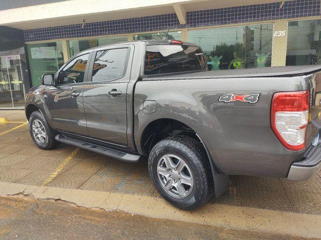 Vende se Ford ranger 2.2 4x4 disel turbo - Foto 2