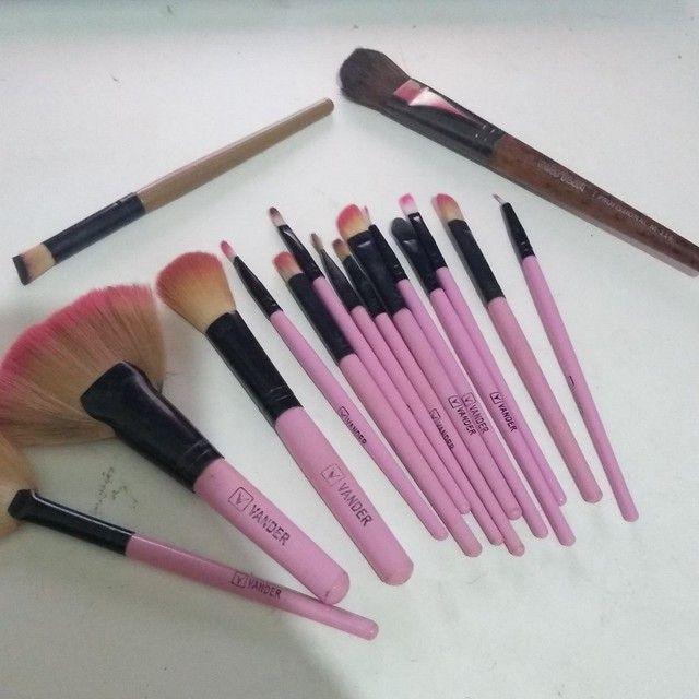 Maquiagens novas!!! E kit de pincéis!!! - Foto 3