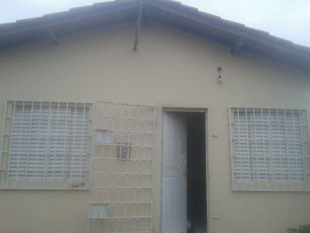 Casa no bairro pedra mole / zona leste