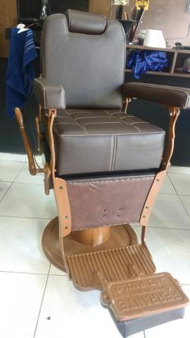 Cadeira de barbeiro 2.500