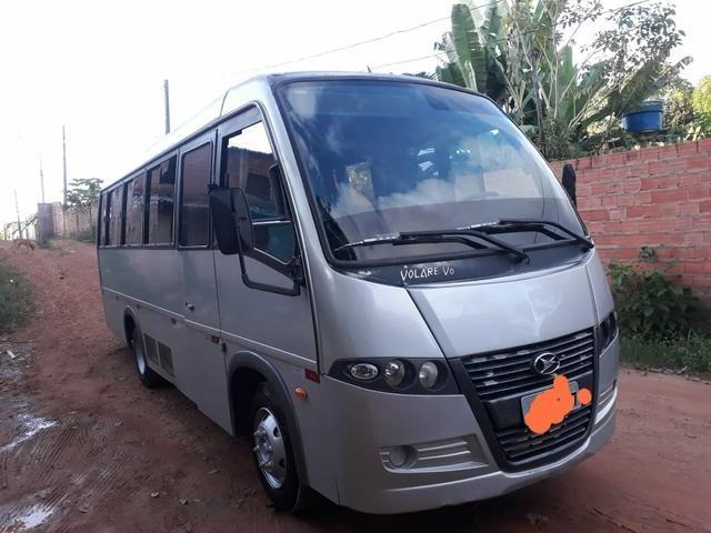 Vendo um micro-ônibus 22 lugares - Foto 5