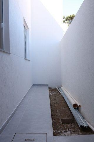 Casa com 2 dormitórios, porém com opção para 3 dorms, averbada e nova no Santa Candida - Foto 18