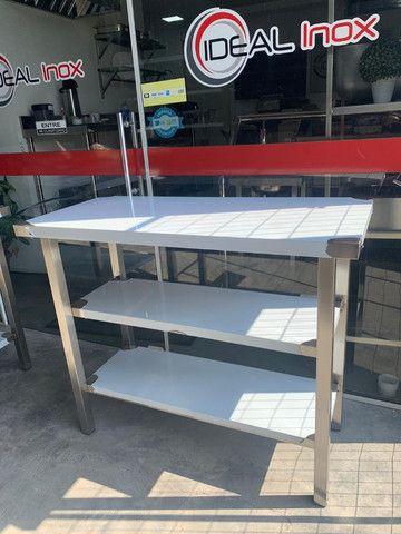 Mesa inox auxiliar para cozinha industrial