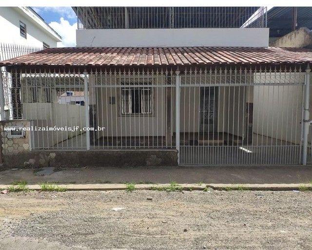 Casa para Venda em Juiz de Fora, São Pedro, 3 dormitórios, 2 banheiros, 2 vagas