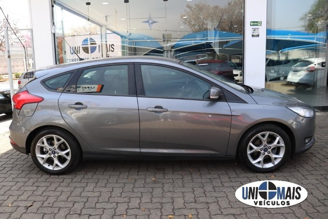 Lindo Ford Focus 1.6 SE flex manual 2017 cinza, completaço! - Foto 12