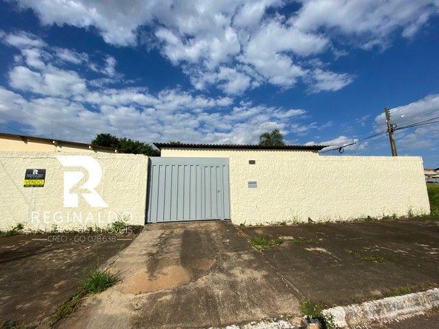 Vendo Area de esquina no bairro Santa Luzia ll com 2 casas. Luziania/GO - Foto 2